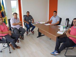 Líderes do Executivo recebem a visita do supervisor regional da Emater