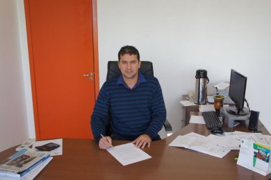 Gilso Paz assina termo de adesão de Tio Hugo ao programa Internet Para Todos do Governo Federal