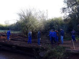 Ponte sobre o Arroio Grande na comunidade de Polígono do Erval passa por recuperação