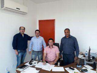 Gilso Paz assina termo de cooperação técnica com a Secretaria Estadual da Agricultura, Pecuária e Irrigação