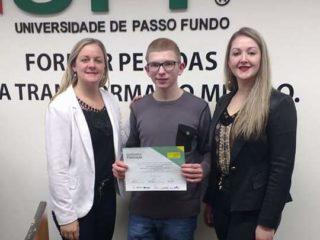 Aluno tio-huguense é destaque na Olimpíada Brasileira de Matemática