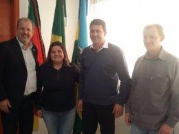 Gilso Paz recebe a visita do deputado federal Jose Stédile