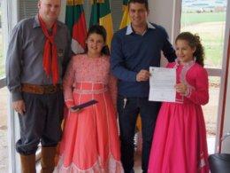 Gilso Paz recebe convite para participar de Jantar Fandango do CTG Caminho dos Pampas