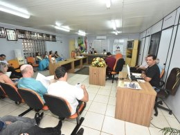 Gilso Paz participa de reunião da AMASBI