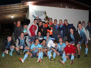 Mormaço entre veteranos e Tio Hugo no principal levam o título da primeira edição da Copa dos Campeões de Futebol de Campo