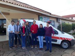 Tio Hugo recebe nova ambulância através de emenda parlamentar do Deputado Federal Giovani Cherini