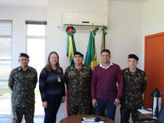 Prefeito recebe a visita de representantes do Posto de Recrutamento e Mobilização de Santo Ângelo
