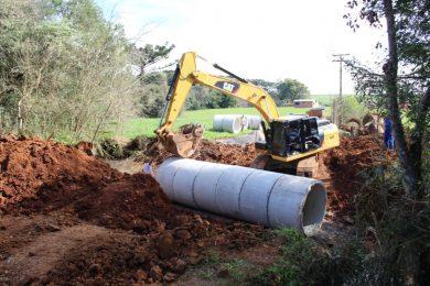 Administração Municipal investe na reestruturação de pontilhões