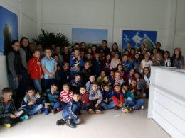 Estudantes da escola municipal Laurentino Machado de Tio Hugo visitam aterro sanitário em Victor Graeff