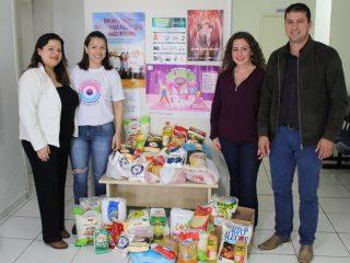 Grupo de mulheres encaminha 200 quilos de alimentos para doação