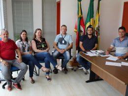 Administração de Tio Hugo antecipa o pagamento da segunda parcela do décimo terceiro salário dos servidores públicos