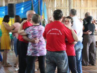 Encontro dos grupos de Terceira Idade e PCD's fez parte das comemorações do aniversário do município