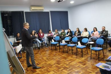Administração Municipal e Sebrae promovem workshop sobre abordagens de vendas