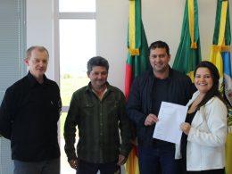 Tio Hugo recebe emenda parlamentar de R$ 100 mil para investimento na saúde