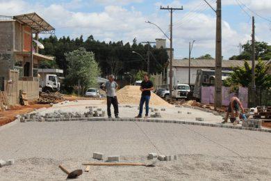 Iniciada a obra de pavimentação no Loteamento Sippel