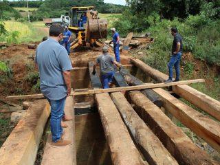 Obras: Reforma de ponte na divisa entre Tio Hugo e Ibirapuitã