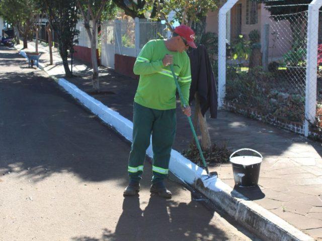 Limpeza, pintura e manutenção de ruas